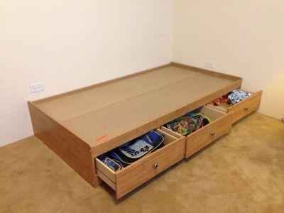 Instantips venta de box para cama individual con 3 cajones for Cama individual con cajones